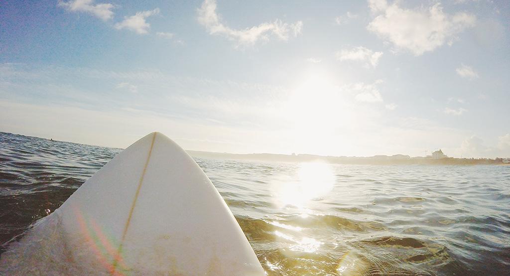 Surf à Siargao aux Philippines.