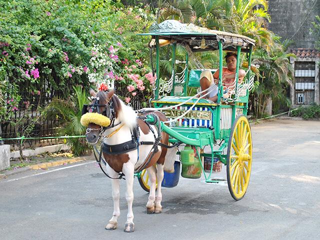 Calèche comme moyen de transport aux Philippines