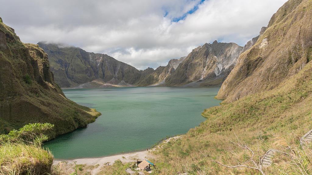 Les volcans des Philippines : majestueux et dangereux