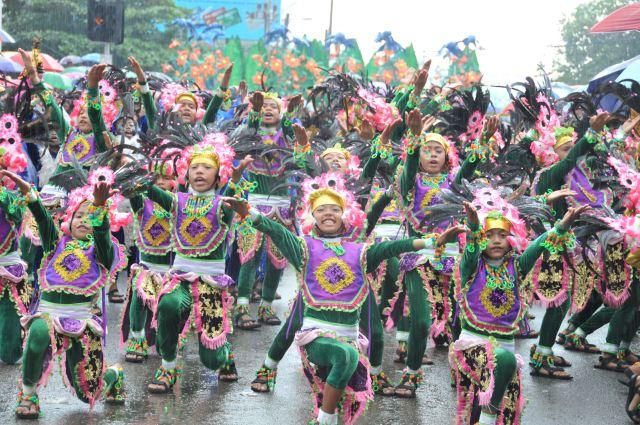 Festival culturel aux Philippines.